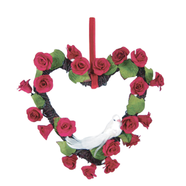 WR10004 Rad rose Flower Wreath in heart shape Image
